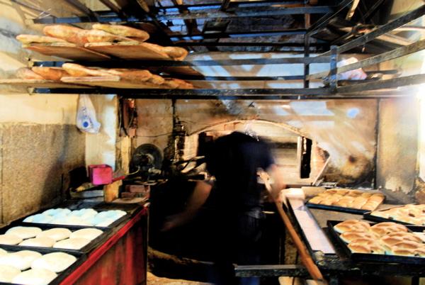 Kaak Lebanese Street Bread Suvir