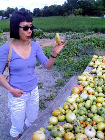 Hiroko with tomatoes