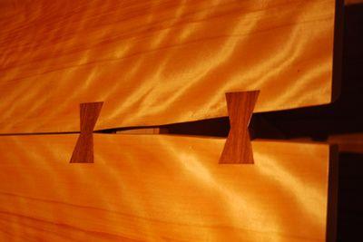 R - table detail kimono