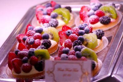 Fresh fruit tart1