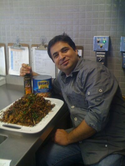 Suvir with oil, chickpeas and mujadarrah