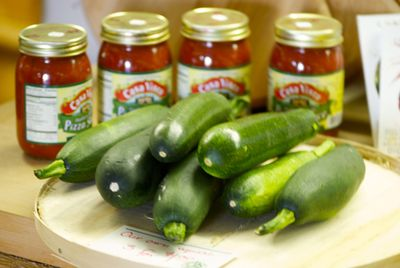 Zucchini and pizza sauce
