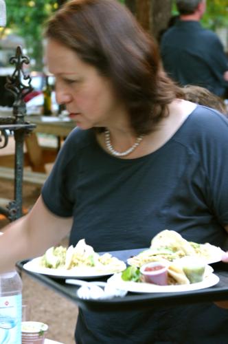 Iliana with food and pearls